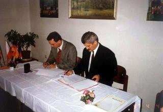 Nebelschutz - podpisanie umowy.jpeg