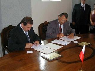 Kiskore - podpisanie umowy.jpeg
