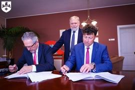 Galeria Podpisanie umowy budowy żłobka