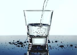Szklanka wody.jpeg